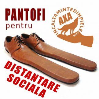 Pantofi pentru distantare sociala