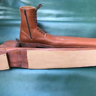 Ghete lungi cu talpa din lemn GDS6