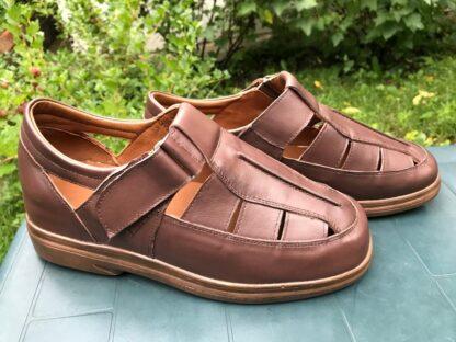 Sandale piele pentru barbati - Un picior mai scurt Dp10